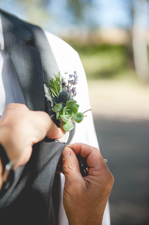 Boutonnieres – Buttonholes – Lapel Florals